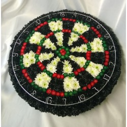 Dartboard Wreath Made of flowers