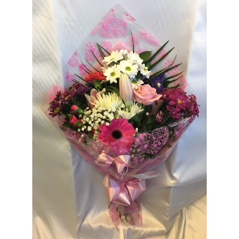 Gift bouquet personal flowers of crewe gift bouquet negle Images