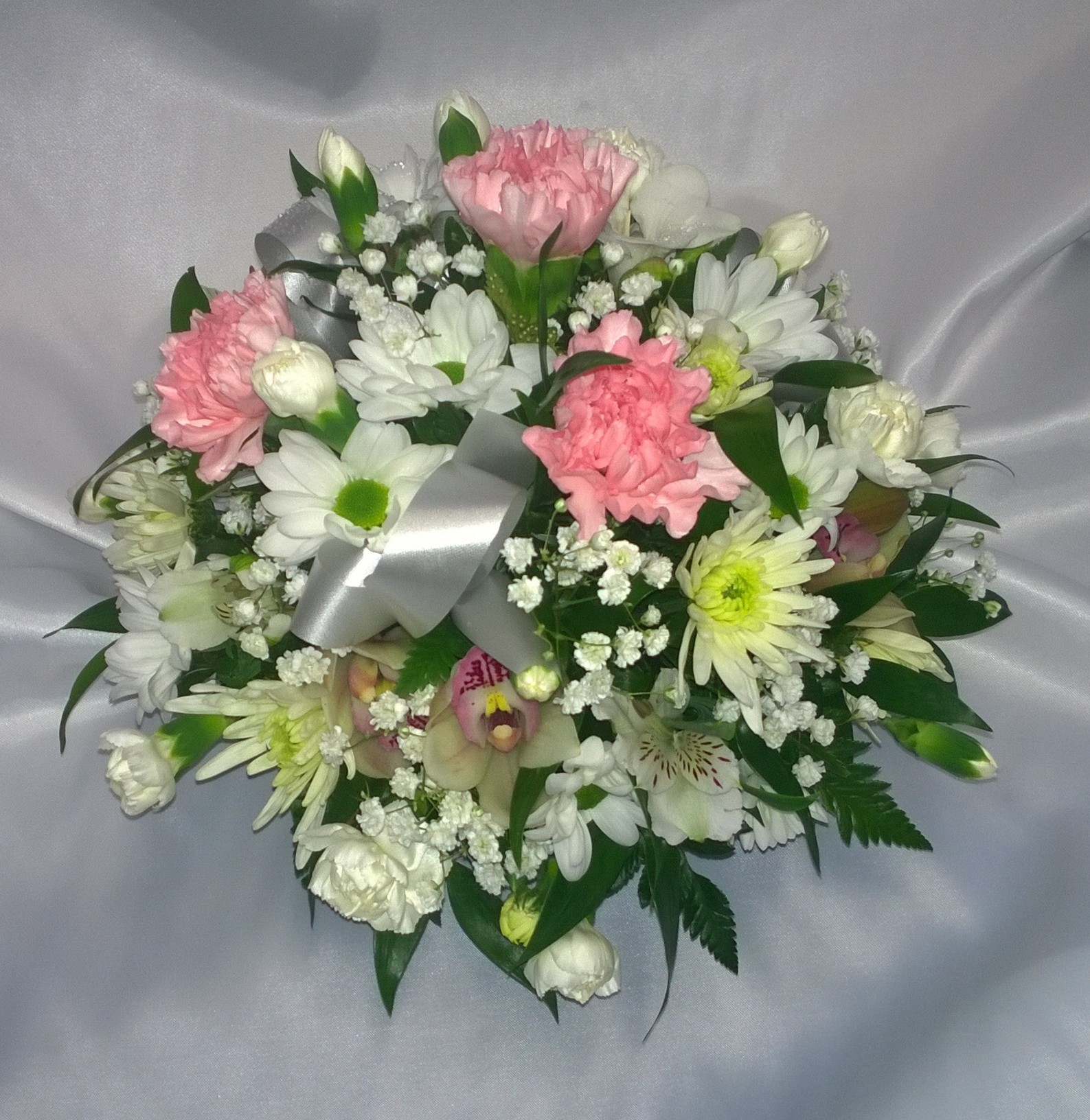 Personal flowers of crewe 01270 584596 personal flowers of crewe personal flowers of crewe izmirmasajfo